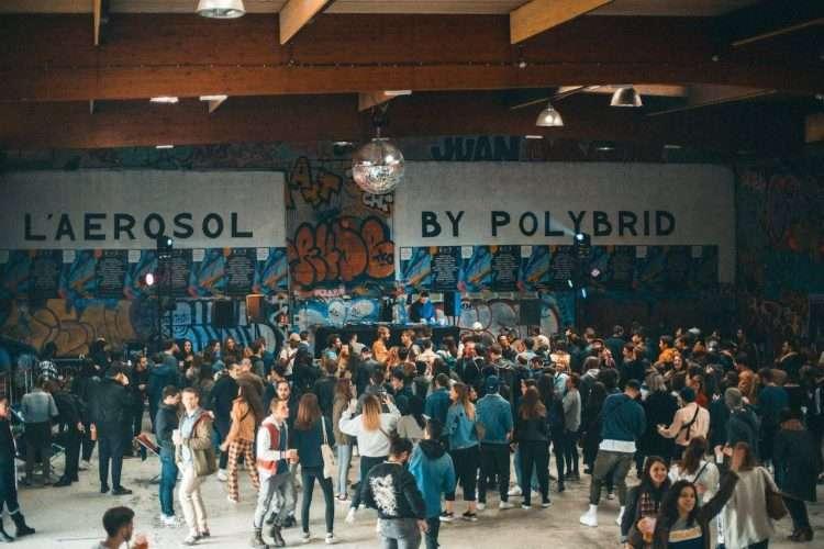 [Paris] Disorder x 3672*Techno : 8h d'acidcore et d'acid techno dans un ancien hangar SNCF