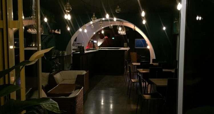 montpellier le lunar bar ouvre ses portes pour des ap ros techno et house electro news. Black Bedroom Furniture Sets. Home Design Ideas