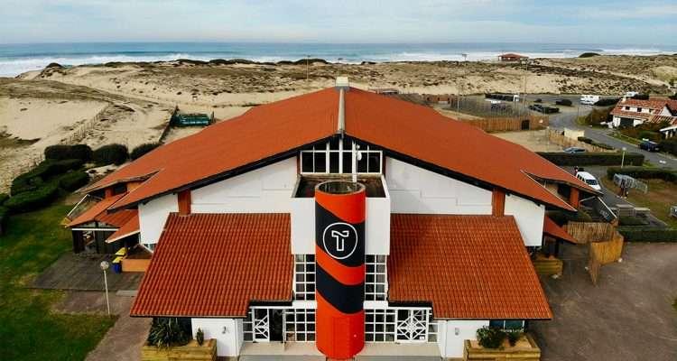 La trance naturelle d'Hilight Tribe va investir cette bâtisse de 2 500 m² à deux pas de l'océan
