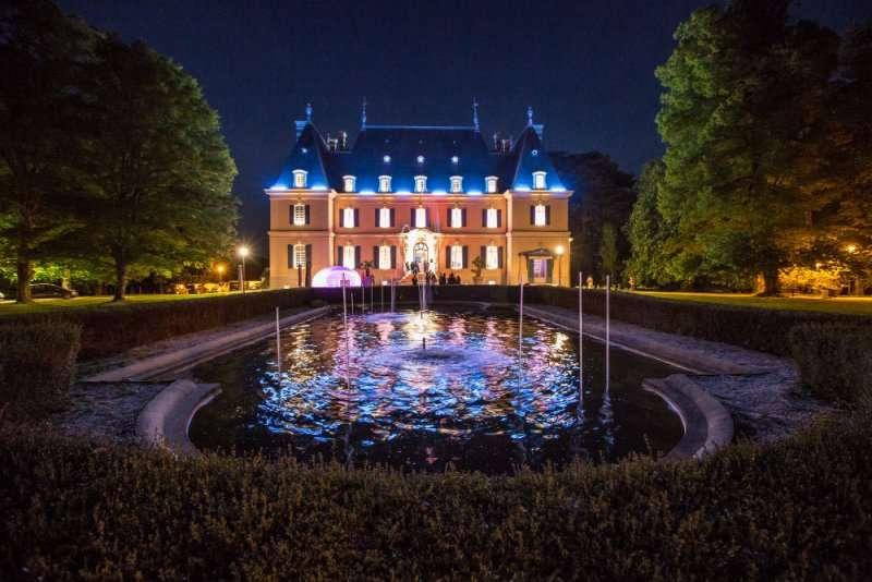 [Lyon] Le château de Rajat se transforme en festival techno pour le nouvel an à la Ubuntu
