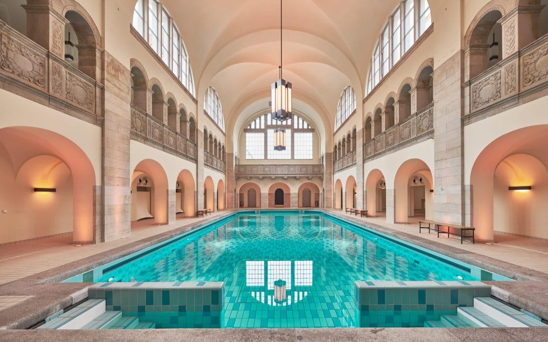 A (re)voir : les 4 DJ sets face à la splendide piscine de l'hôtel Oderberger
