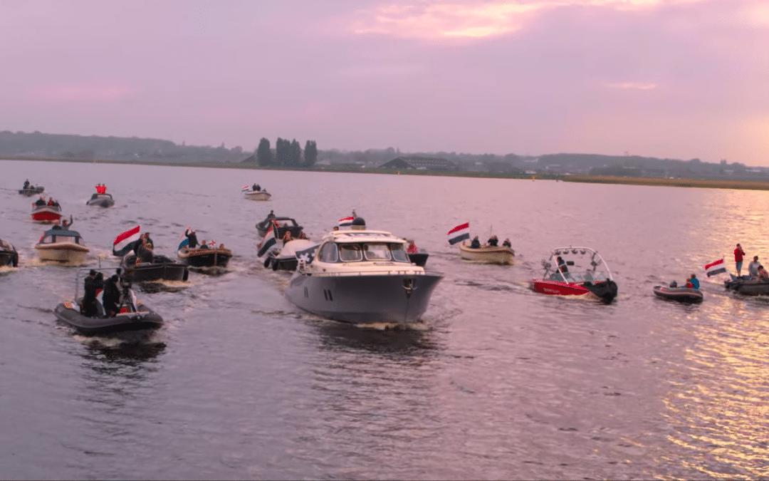 L'impressionnant live de Martin Garrix naviguant sur les rivières néerlandaises