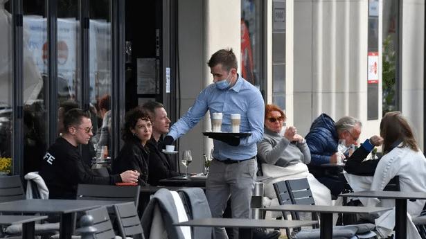 Réouverture des bars et restaurants : le protocole vient d'être établi
