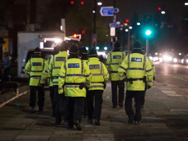 Après avoir été dépassées, les autorités vont durcir le ton face aux raves illégales à Manchester