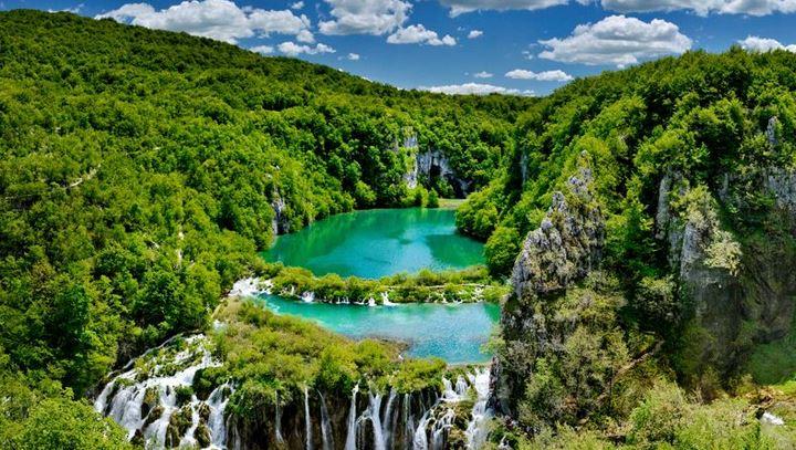 Cercle annonce un livestream lundi dans les somptueux lacs de Plitivice en Croatie
