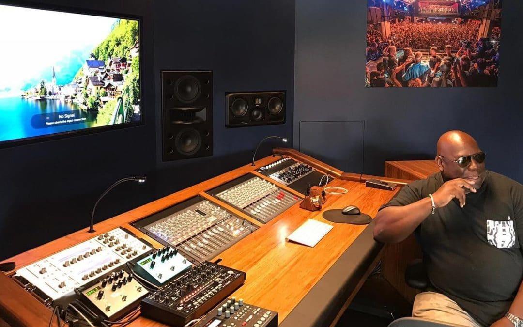 A voir : Carl Cox a donné un live machines exceptionnel dans le cadre de l'ADE