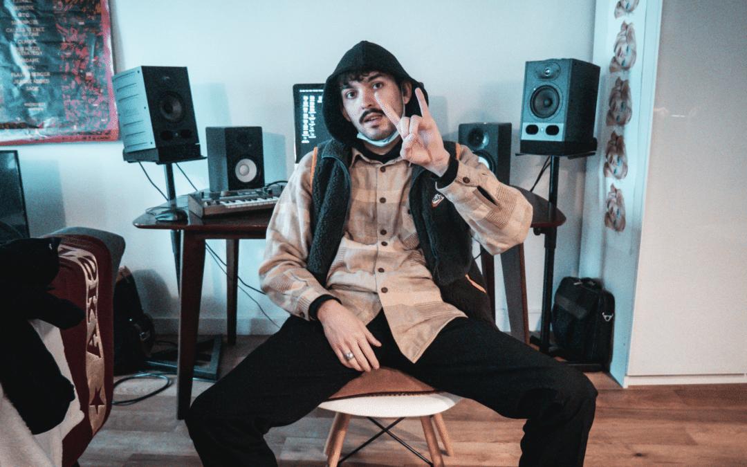 L'artiste HIPPØ & THE JACKET dévoile son nouvel album au travers de 10 vlogs