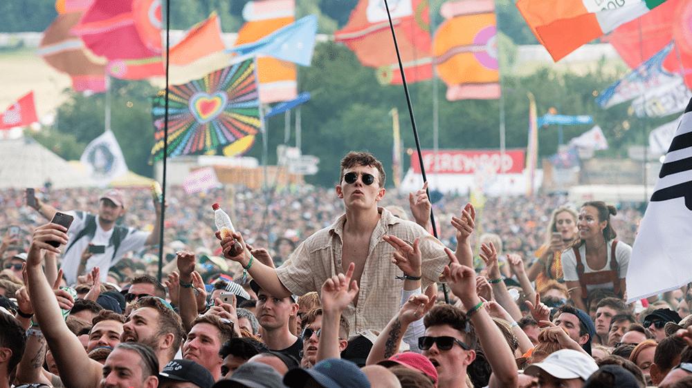 Les festivals et clubs pourront rouvrir à la fin juin en Angleterre, sans restrictions ni limites