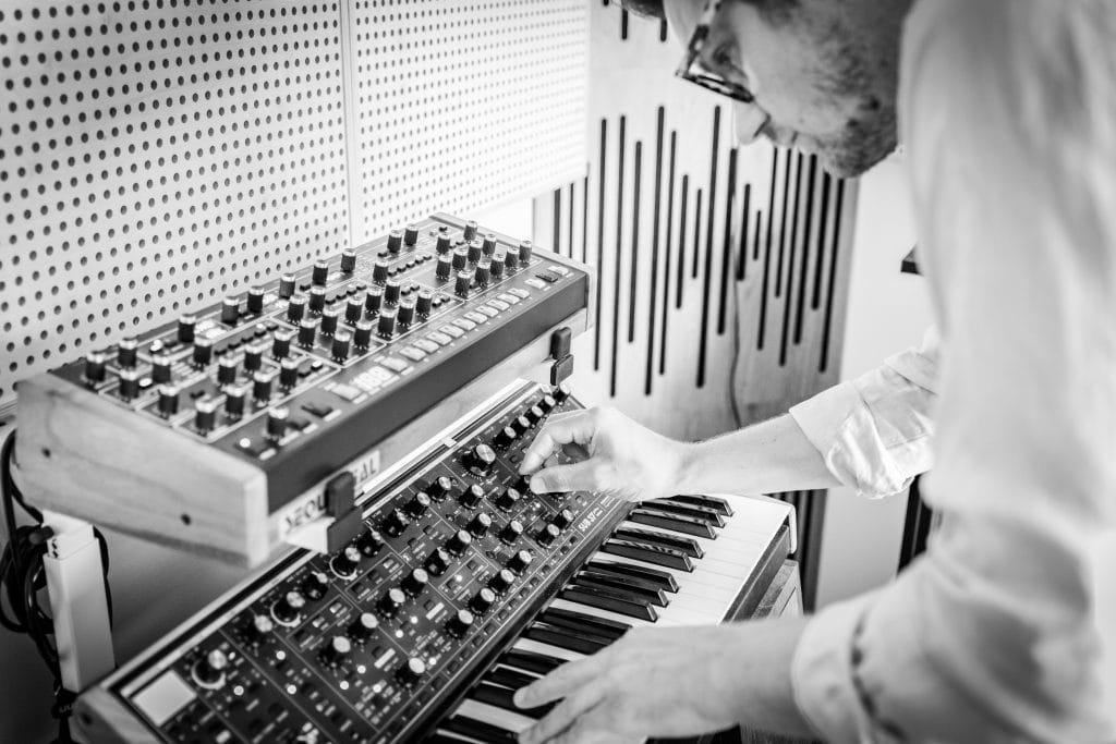 Sébastien Guérive en studio