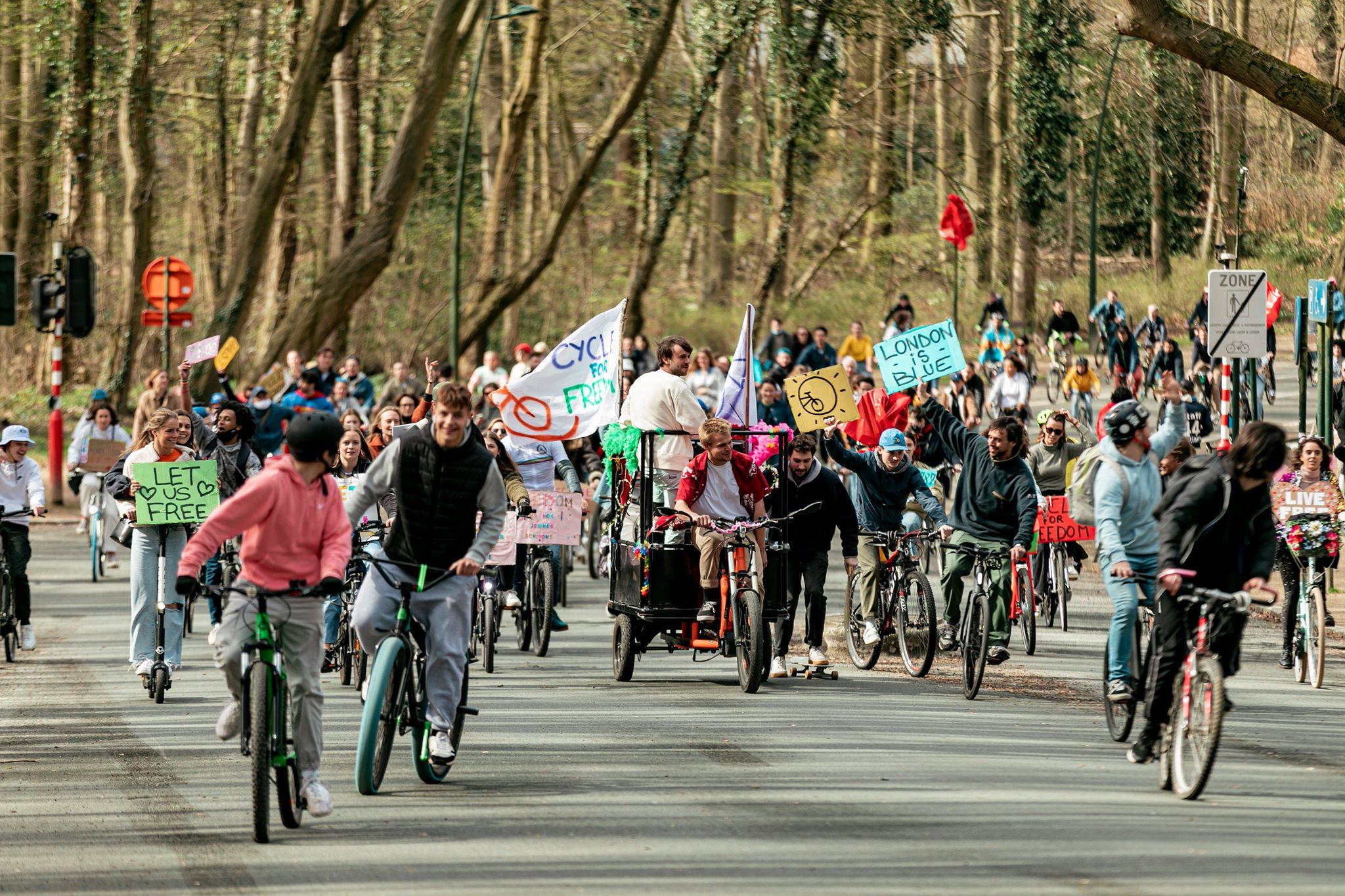 Bike Parade Cycle For Freedom à Bruxelles. Crédit : Jon Verhoeft