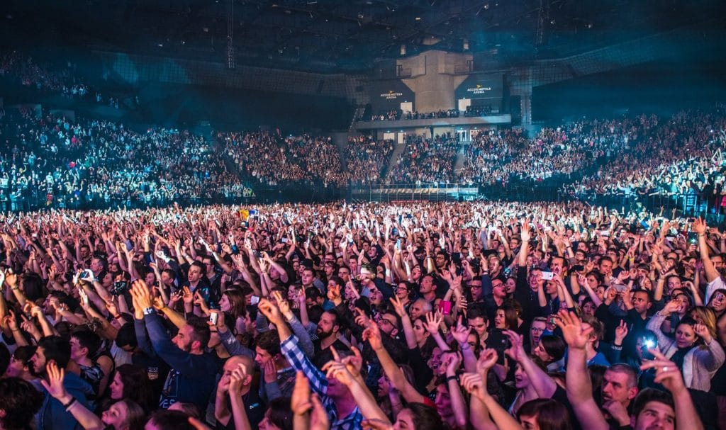 Photo de l'Accor Arena, événement Fun Radio en 2016.
