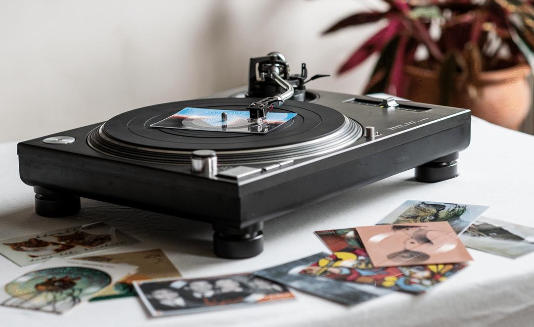 Cartes postales vinyles : le concept des années 60 est relancé par une boite autrichienne