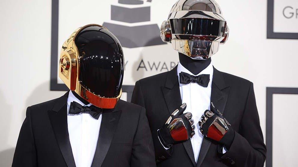 Photo des Daft Punk. Crédit : Robyn Beck - AFP