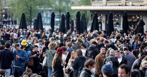 Belgique : à peine rouverts, des bars contraints de fermer tellement ils sont fréquentés