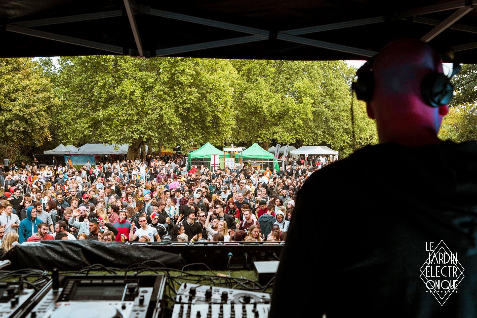 Jardin Electronique festival 2019. Crédit Photo : CHLOÉ DELATTRE