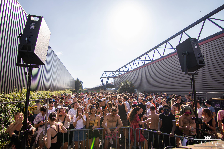 Open air de Pisica pendant l'été 2020