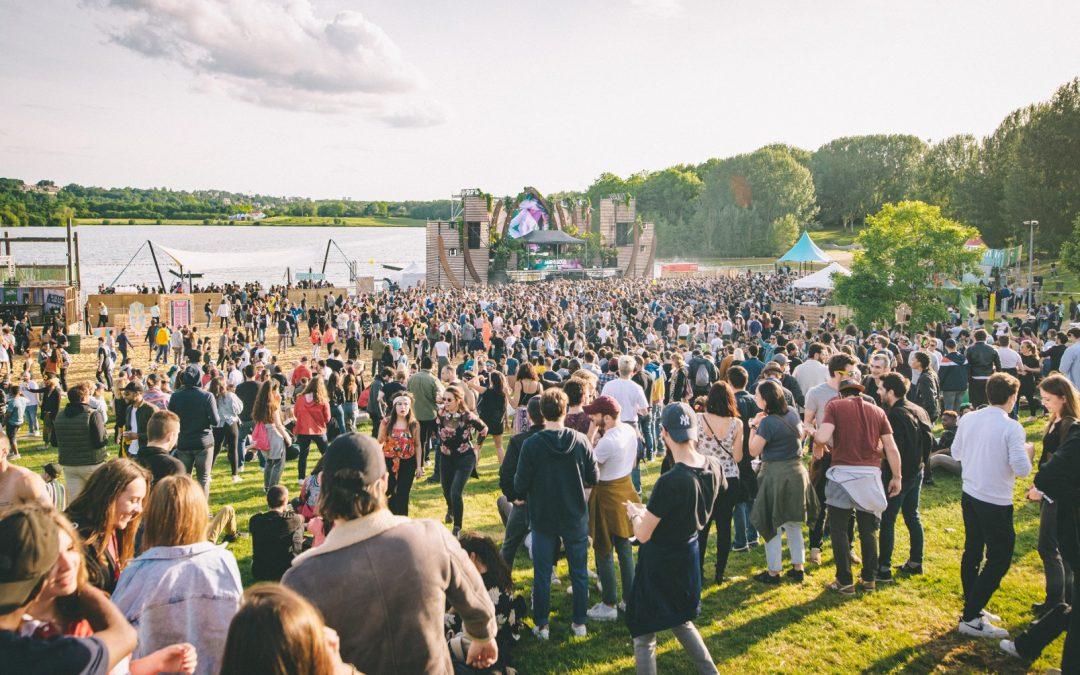 Marvellous Island : le festival parisien au bord d'un lac dévoile ses 60 artistes