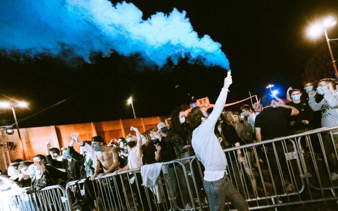 Riot : la nouvelle soirée techno et punk pour faire la fête sans concessions à Paris